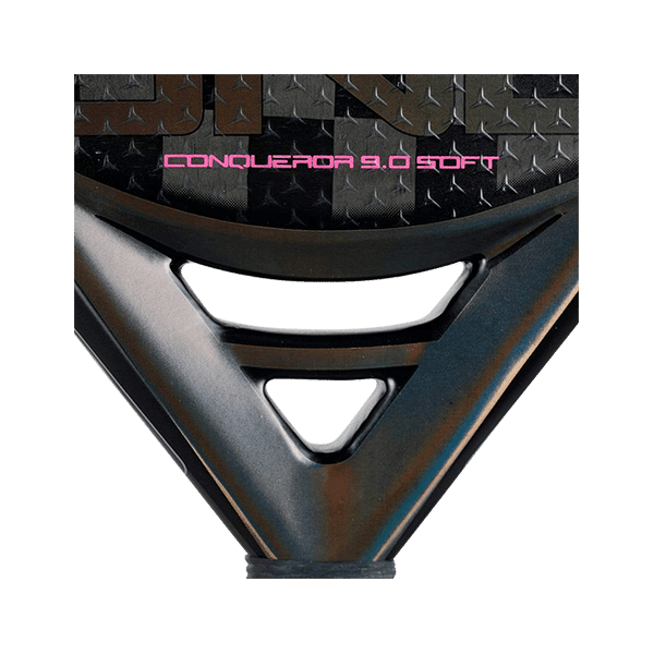 Drop Shot Conqueror 9.0 soft is a padel rack with lot of power from the brand Drop Shot. Black and pink.