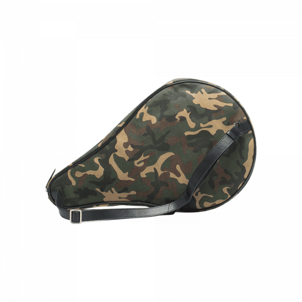 Hildebrand padel case in camoflauge. Padel case from the Swedish brand Hildebrand with space for racket and padel equipment.